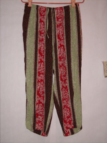 Weekend Traffic Multi-colored Pant Capris size L Lounge