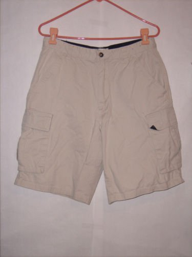Plugg Co. Beige Khaki Dress Shorts size 32