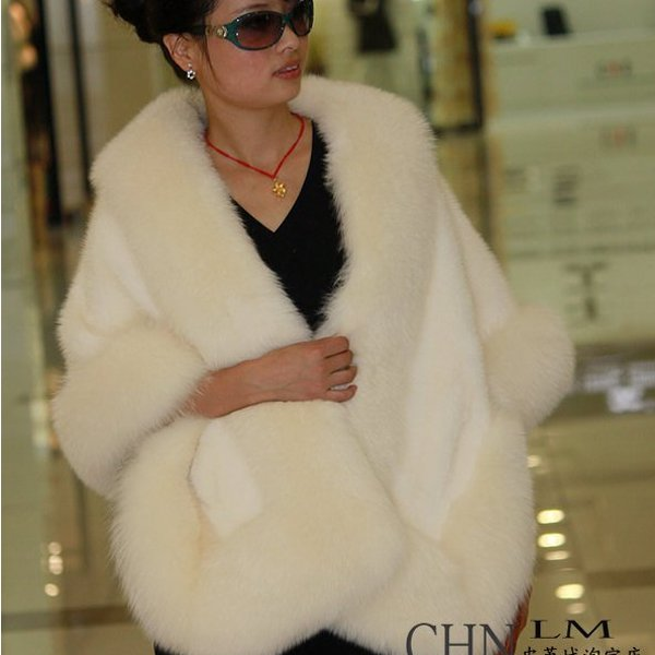 Luxuy Large Genuine REAL Mink Fur Shawl with Fox Trim, Cream White