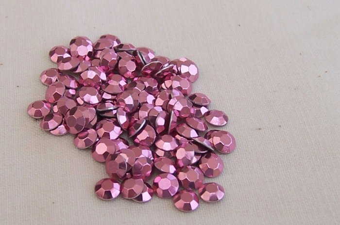 4mm Hot Fix Rhinestuds Med Pink 1gross (144 pcs)