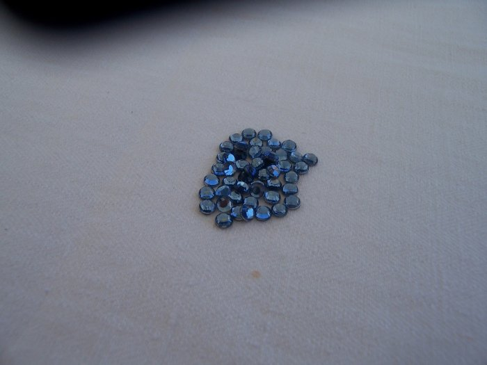 10ss (3mm) Hot Fix Rhinestones Lt. Blue 1gross (144pcs)