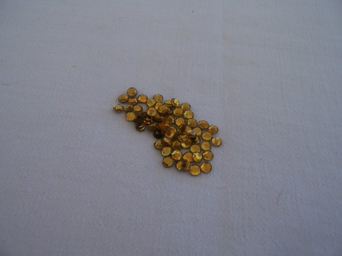 16ss (4mm) Hot Fix Rhinestones Topaz 1gross (144pcs)