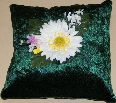Dark Green Crushed Velvet Pillow with Daisy