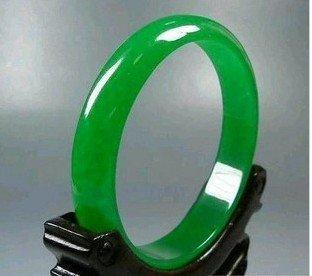 Beautiful green Burma Jadeite Jade Bangle Bracelet A01