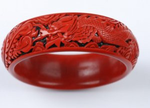 Charming carved lacquerware Chinese wind pure manual longfeng bracelet (A36)
