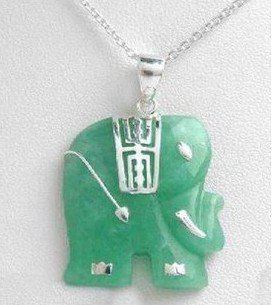 Green jade jade lovely elephant necklace (P140)