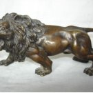 collectable Chinese bronze statue of a lion(B143)