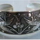 The beauty of the Tibet silver bracelet cuff bracelet magpies totem