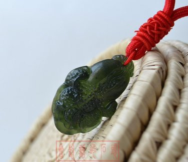 Hand-carved natural jade peace buckle black jade pendant necklace amulets cabbage