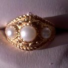 3 stone pearl Ring  R-1219