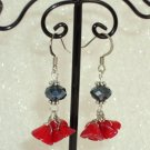 Red flower bundle earring
