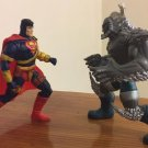 SUPERMAN MAN OF STEEL LOOSE HUNTER-PREY SUPERMAN VS DOOMSDAY ACTION FIGURE 2 PACK 1995 KENNER HASBRO