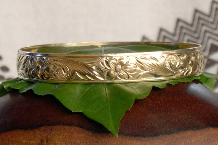 14kt  Gold Hawaiian Heirloom Bracelet, 8mm, sz 8.5