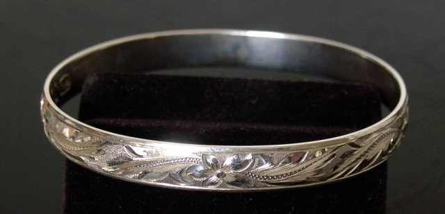 Silver Traditional Hawaiian Heirloom Bracelet 8mm sz 7.75