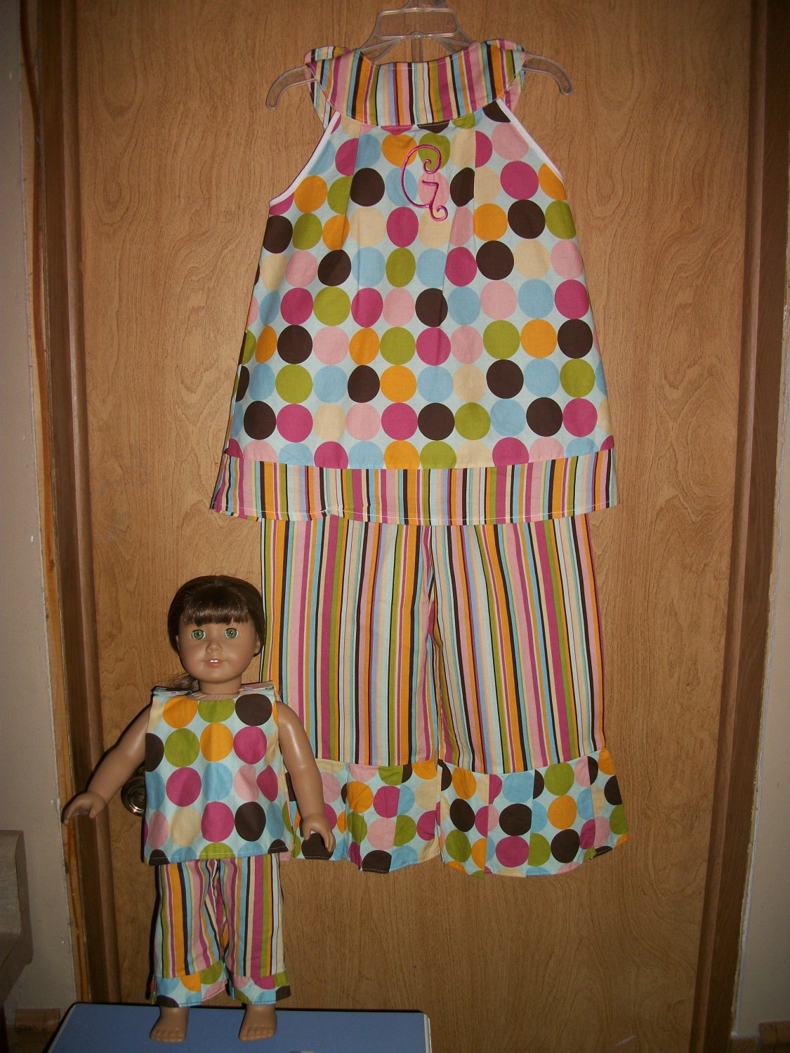 Girls handmade capri outfit 6yrs-10yrs with matching 18in doll outfit