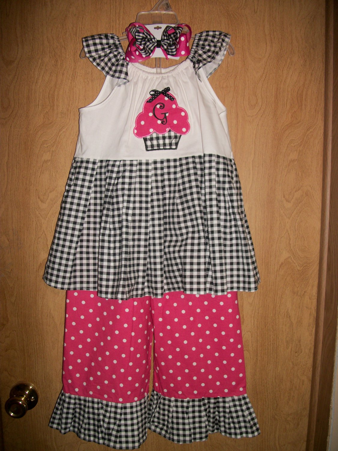 Girls handmade capri outfit with matching hairbow