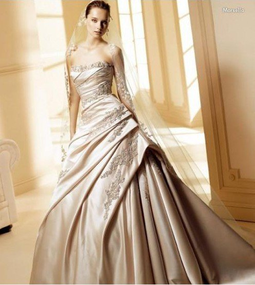 2011 champagne wedding dress BRIDAL GOWN satin APPLIQUE