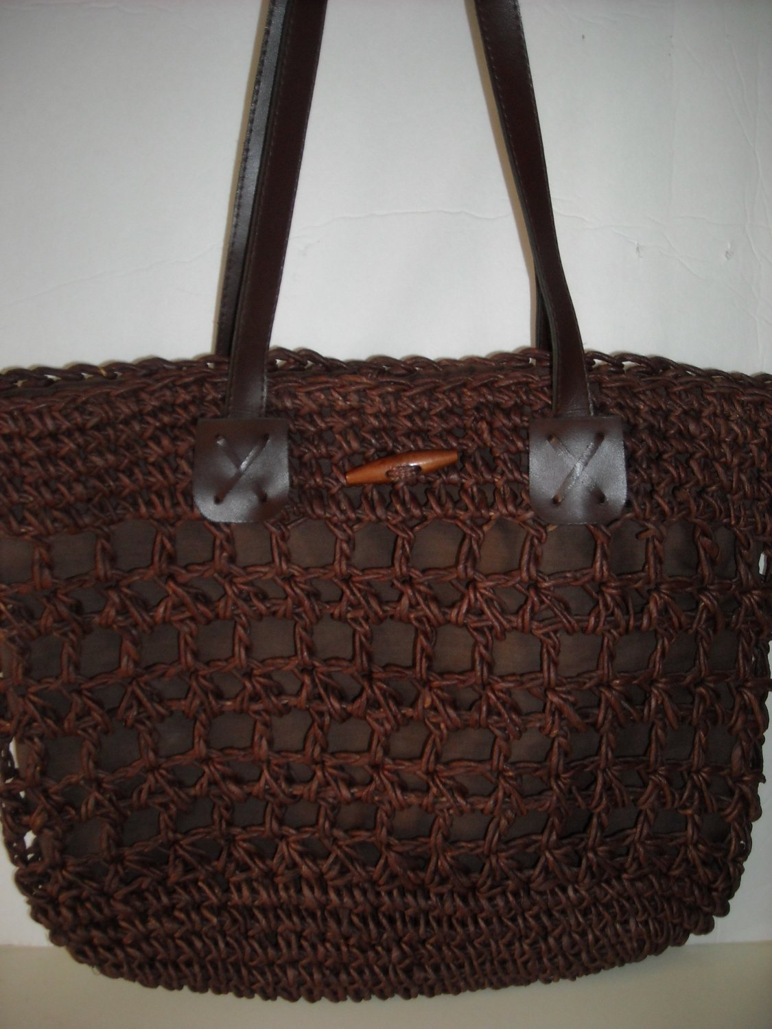 BROWN SUMMER STRAW BAG (NEW)