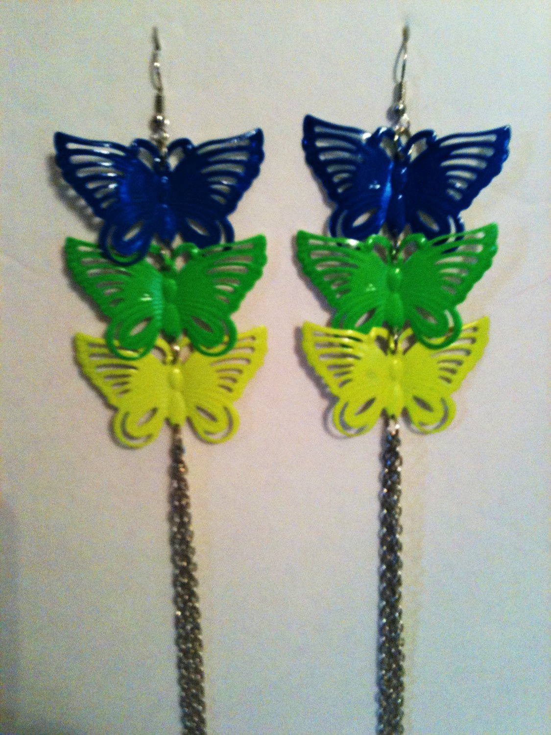 BUTTERFLY EARRINGS WITH CHAIN (NEW)