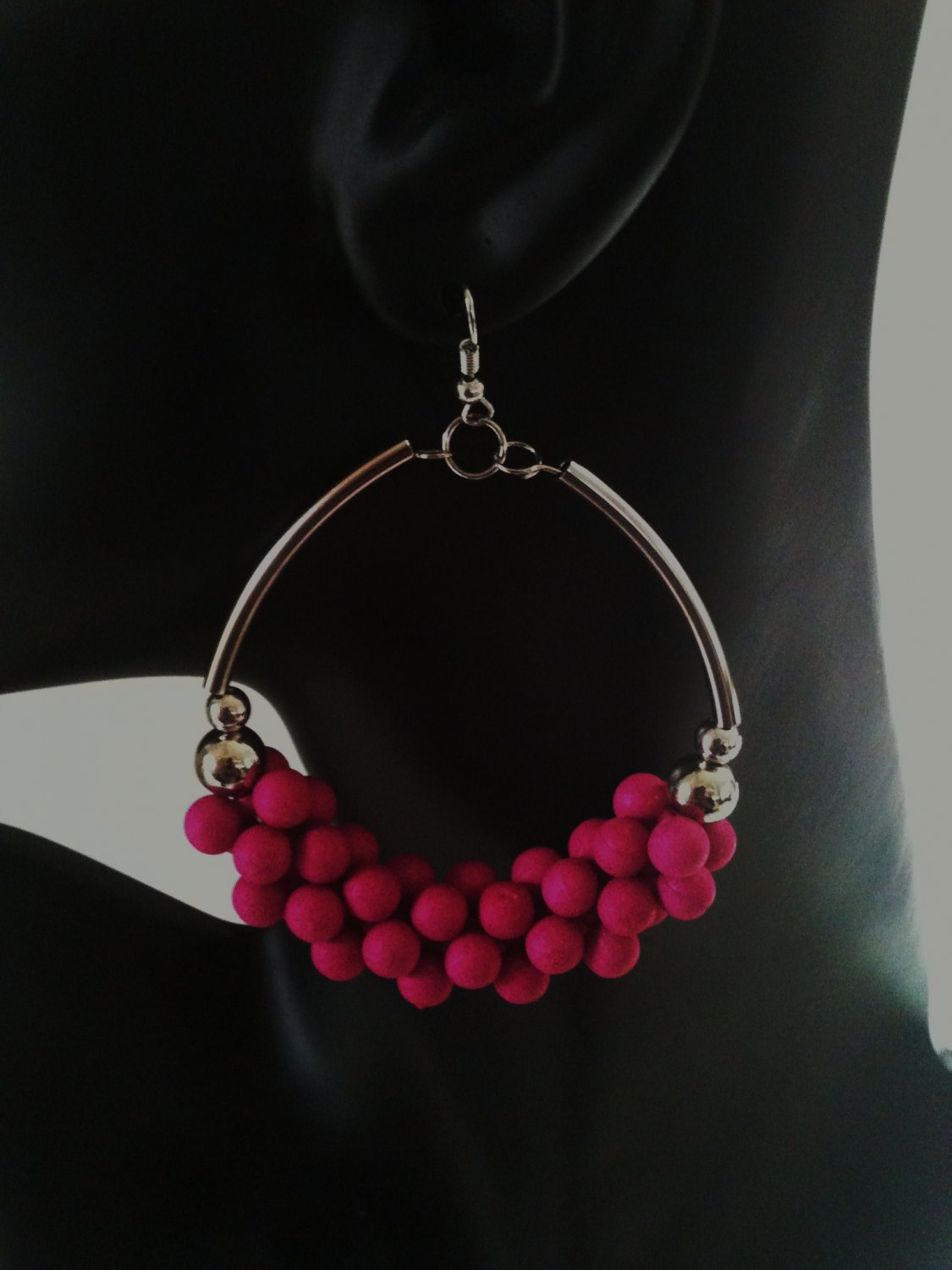 PINK COCO WOOD BEADED EARRINGS(NEW)