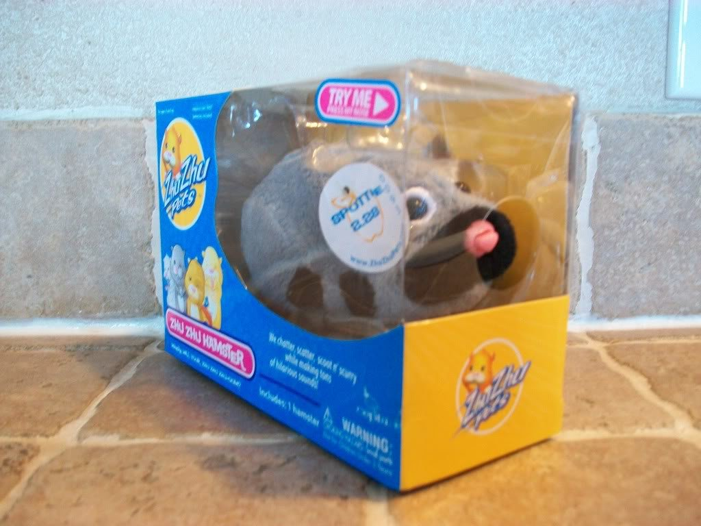 SPOTTIE ~ Zhu Zhu Hamster  ~ New In Box ~