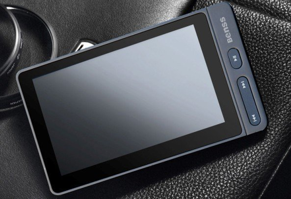 Brand New BENSS BX83 3.6 Inches HD (4GB) MP3/MP4 PLAYER TV-OUT HDTV video output e-book