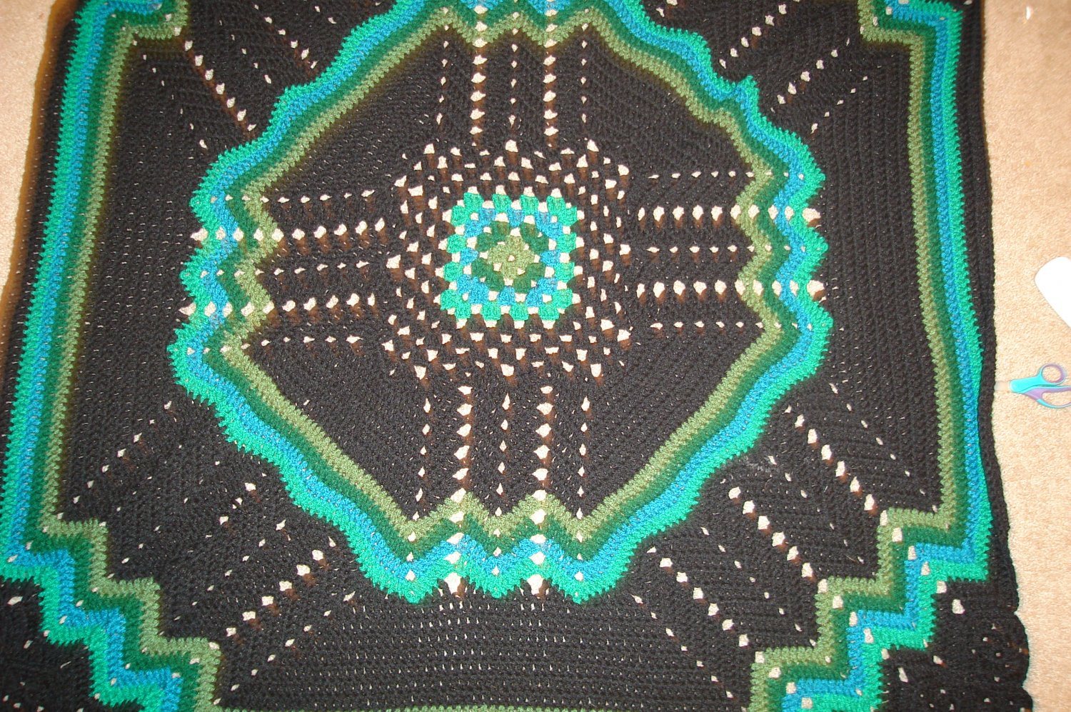 Multi-green/black lapghan comfortwe blanket
