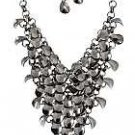 Metal Cluster Necklace