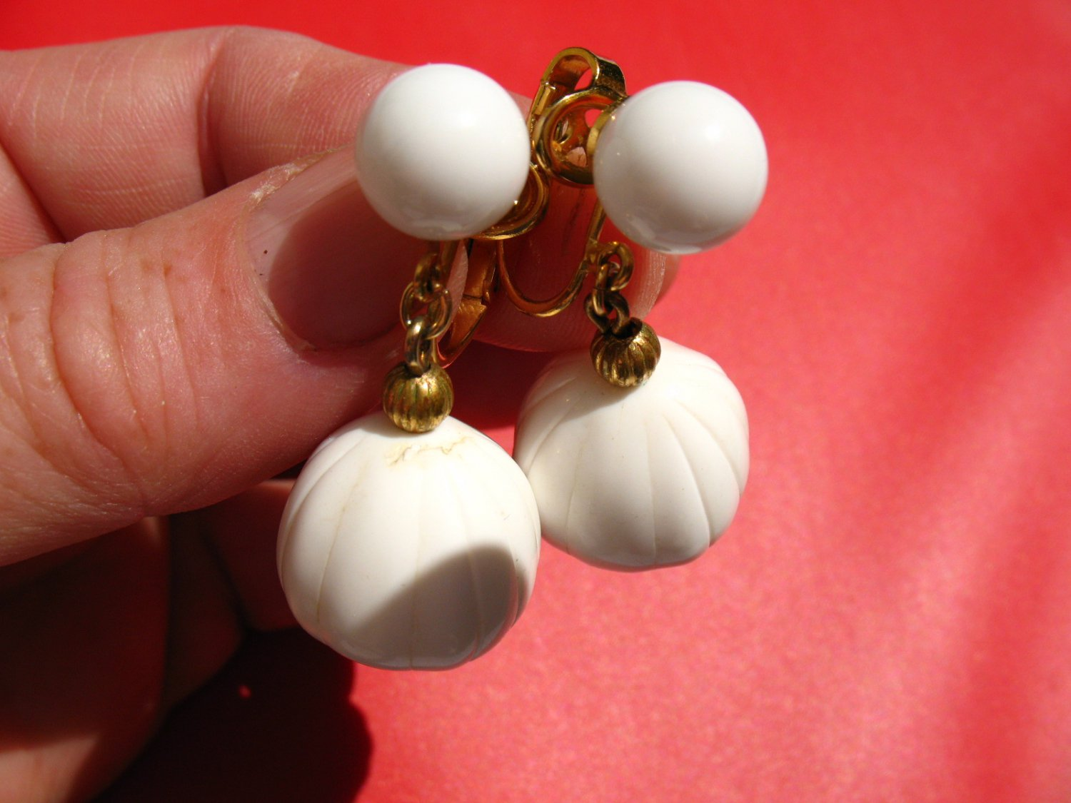 Vintage Signed Crown Trifari White Plastic Dangle Clip on Earrings 1 1/2 inch