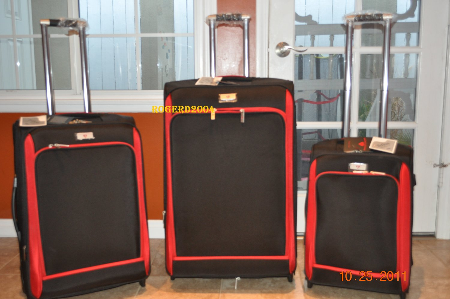 """NEW!~ SWISS LEGEND ~ 3 PIECE LUGGAGE ~ 20"""", 24"""", & 28"""" WITH ROLLERS ~BRAND NEW!"""