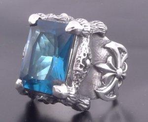 925 SILVER BATTLE AXE CLAW BLUE GEMSTONE BIKER KING ROCK STAR RING sz N to Z3