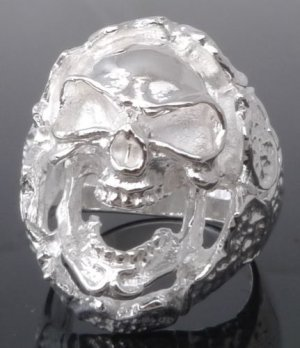 SILVER PLATED ENCRUSTED SKULL CHOPPER RING sz SZ R 1/2, T 1/2, V 1/2 = 9,10,11