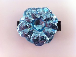 BLUE GLITTER FLOWER W/ GEM