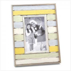 DISTRESS STRIPES PHOTO FRAME