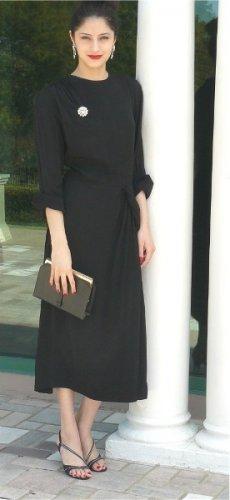 "Vintage Miss 5'4"" Black Crepe Daytime Dress w/Elegant Side Drape, Lovely Lines"