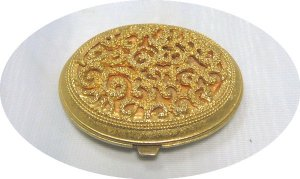 Vintage Viviane Woodard Gold Tone Filigree Effect Pressed Powder Compact, Lovely Piece