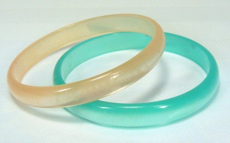 *Vintage Pastel Lucite Bracelets in Soft Summer Colors:  Peach and Mint Green Bangles