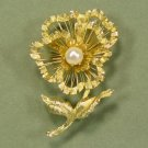 Vintage Brooks Flower Brooch/Pin: Beautiful Brushed GT Metal and Shining Wire, Elegant Piece