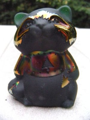 "FENTON Emerald Carnival Cameo Glass CARVED  Raccoon ""Tree Hugger"" ARTIST Proof"