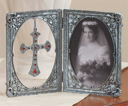 Cross Pendant Photo Frame