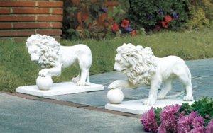 Statley Lion Statue Duo