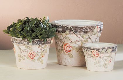 Terra Cotta Nesting Flower Pot Trio