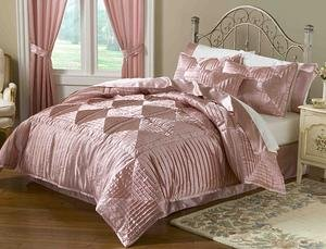Luxury 8-pc Soft Pink Elegant Satin Complete Comforter  Ensemble Set King