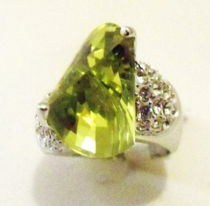 CZ Apple color stone ring
