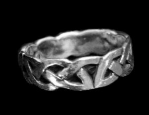 Inter-Connecting Design Sterling Silver Ring
