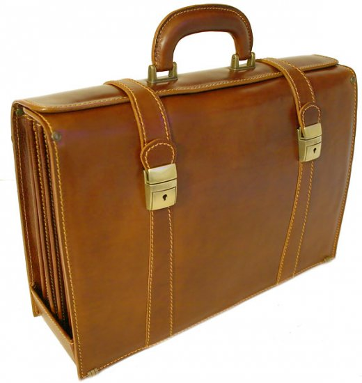 Floto Trastevere Briefcase in brown