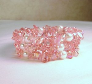 Pink Glass Pearl and Chip Beaded Bracelet - see pics