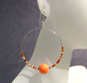 Sunset Spark - red, orange and orange-red beaded hooped earrings