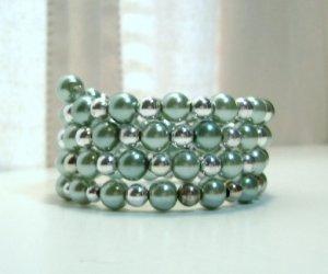 Ivy Green glass pearl Memory Wire Bracelet