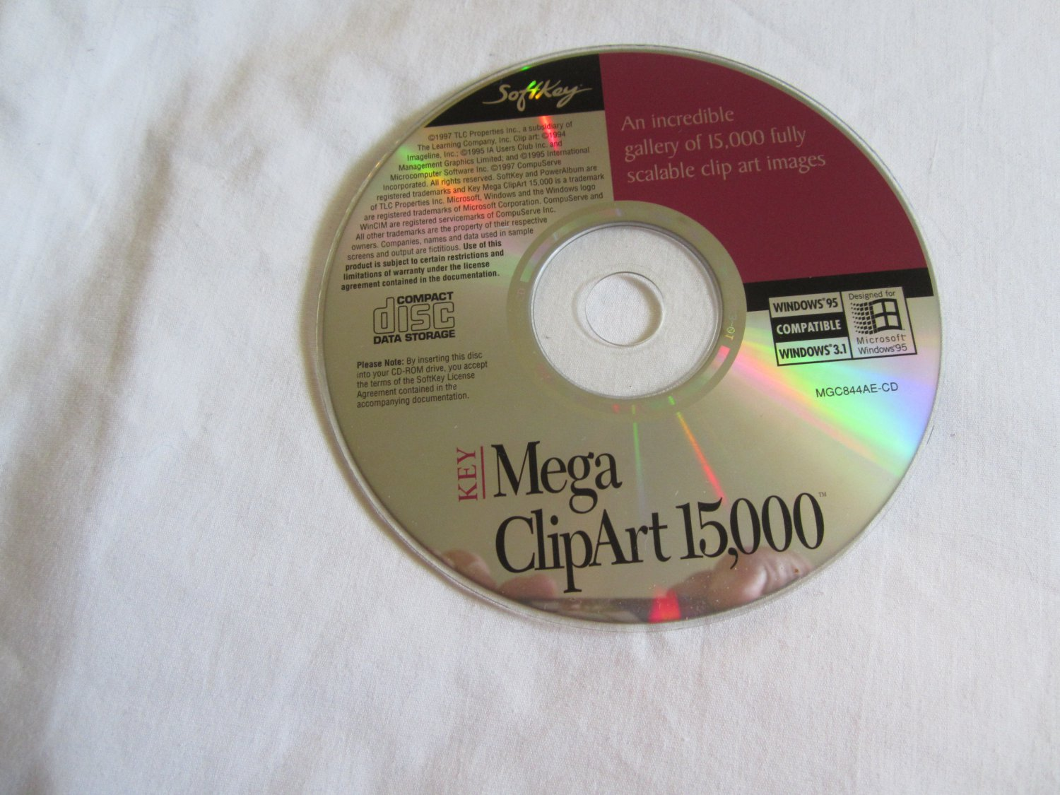 Key Mega ClipArt 15,000 CD ROM windows 95 / compatible / windows 3.1